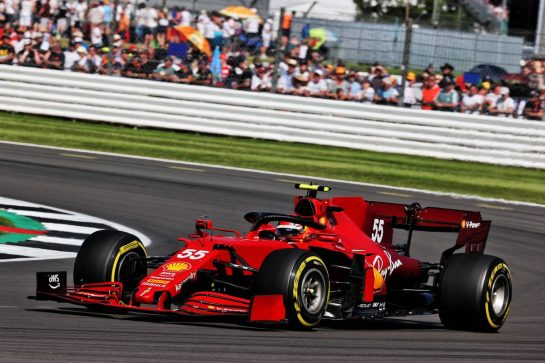 Carlos Sainz Jr (ESP) Ferrari SF-21. 18.07.2021. Formula 1 World Championship, Rd 10, British Grand Prix, Silverstone, England, Race Day. - www.xpbimages.com, EMail: requests@xpbimages.com © Copyright: Batchelor / XPB Images