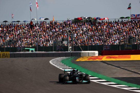 Lewis Hamilton (GBR) Mercedes AMG F1. 18.07.2021. Formula 1 World Championship, Rd 10, British Grand Prix, Silverstone, England, Race Day. - www.xpbimages.com, EMail: requests@xpbimages.com © Copyright: Batchelor / XPB Images